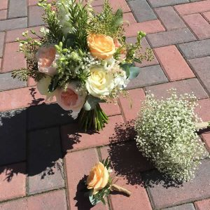 brides peach avalanche bouquet