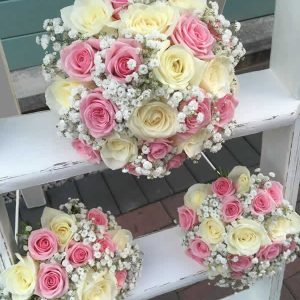 pink and ivory rose wedding flowers