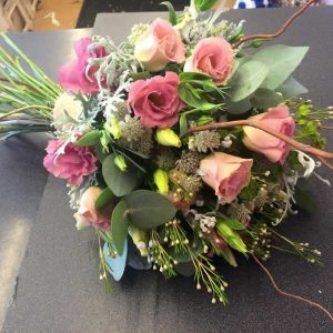 rustic dusky pink wedding flowers