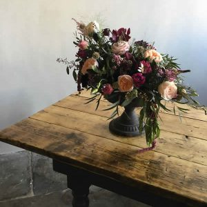 rustic table urn centrepiece