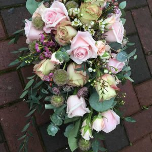 wedding bouquet rustic pink roses