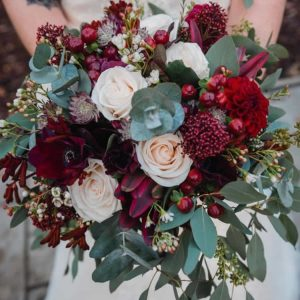 burgandyweddingflowers